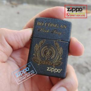 Zippo đen nhám khắc logo BỘ CÔNG AN