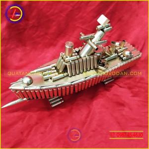 Tàu chiến bằng vỏ đạn mẫu 2