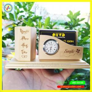 Kệ cắm bút, khay namecard có đồng hồ gỗ maple