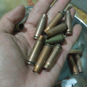 Vỏ đạn AK47 sắt